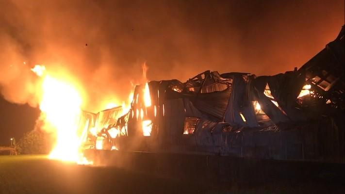 대만 타이중 공장 화재···소방관 2명 사망