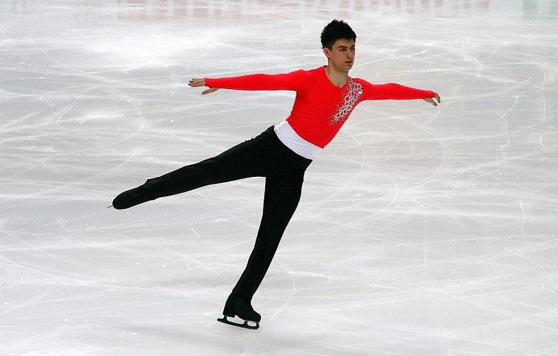 국제 빙상 연맹 대만에서 중국으로 개최지 변경 논란