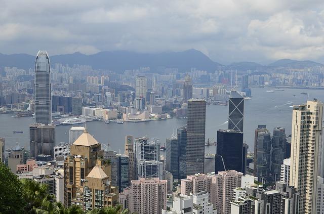 대만, 홍콩 인재 유치에 低임금·高세율 장벽이 걸림돌